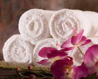Махровые простыни пошив. Полотенца махровые  с логотипом компании