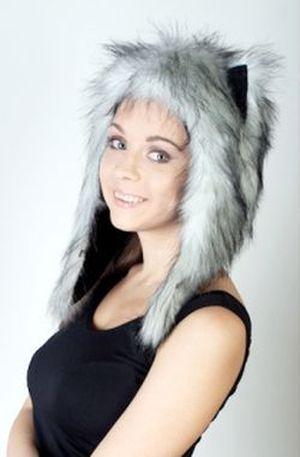 зимняя меховая шапка