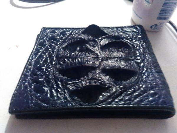 Эксклюзивные сумки из кожи и головы крокодила