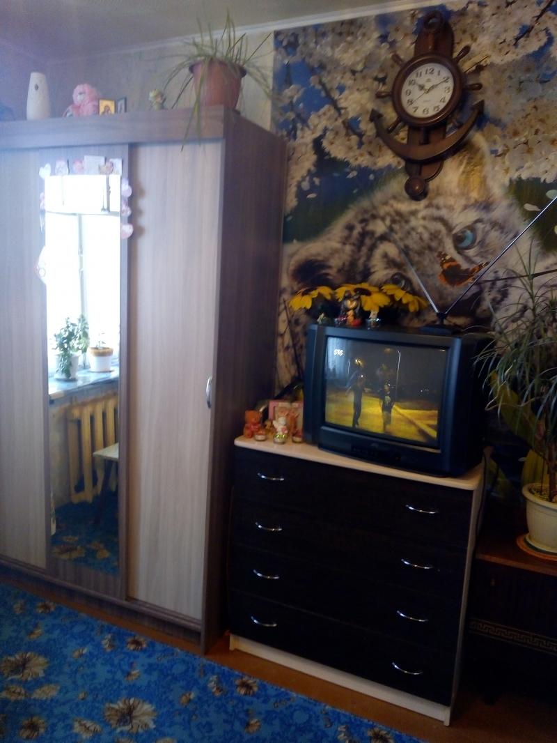 продам комнату в 2-к 11 м2, 7 эт. в 9-ти эт. доме за 350 000 рублей
