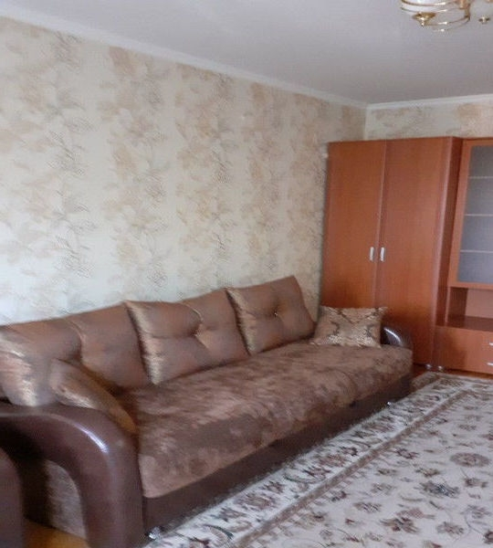 Сдается 1-комнатная квартира в отличном состоянии около метро.